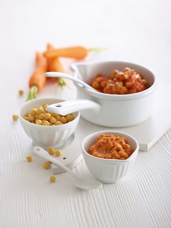 Chicken, chickpeas, and apricots for baby-led weaning