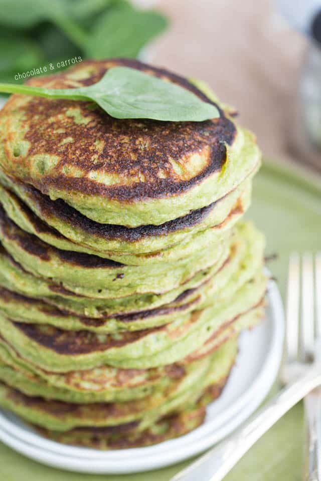 Spinach Pancakes | chocolateandcarrots.com