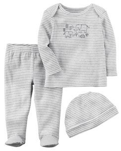 An all in one set to keep the baby warm at all times
